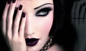 Maquillaje de ojos ahumados paso a paso