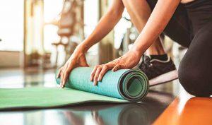 Bikram yoga: ¿qué es y en qué consiste? - Apréndete