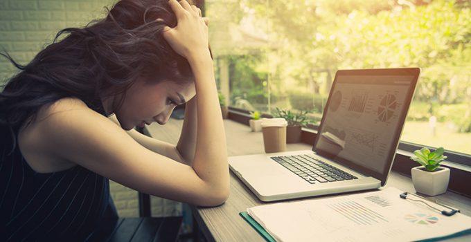 ¿Qué es el estrés laboral y cómo puedes solucionarlo? - Apréndete