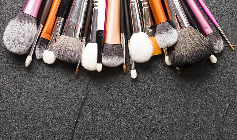 ¿Por qué es importante cuidar las brochas de maquillaje? - Apréndete