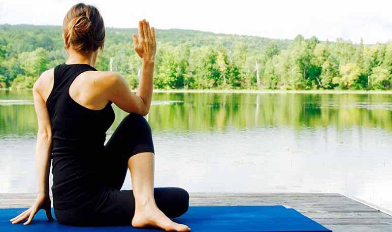 6 ejercicios de yoga para después de nadar - Apréndete