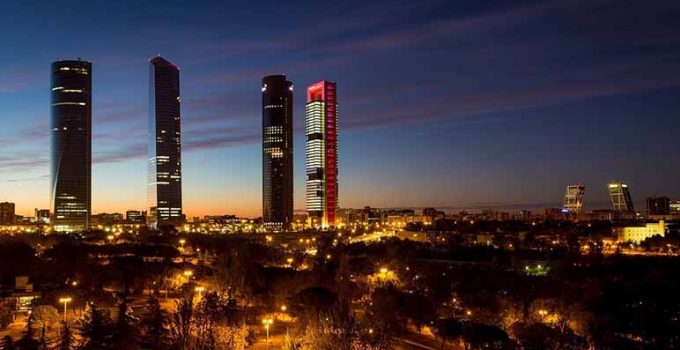 Descubre cuáles son los 8 mejores bares de Madrid