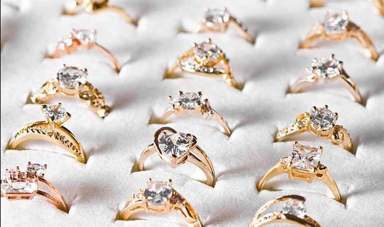 22df288cf295 Cuáles son los tipos de anillos de compromiso - Apréndete