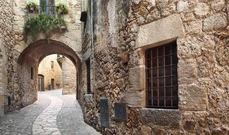 Ruta por pueblos medievales de España - Pals